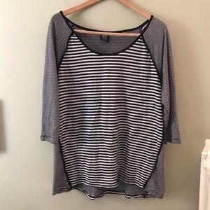 Bobeau XL striped shirt top black and white